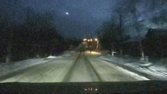 Над Иркутском пронесся метеор: видео очевидцев