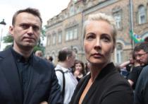 Возвращение в Россию Алексея Навального, за которым с большой долей вероятности может последовать задержание, суд, и замена условного срока реальным отбыванием ранее назначенного наказания, заставило многих наблюдателей искать логику в действиях блогера-оппозиционера