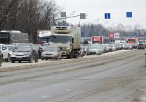 В московскую метель ездить по дорогам стало хуже, но при этом и веселее