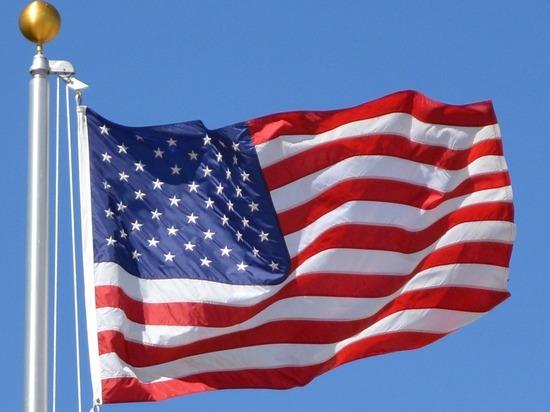 Глава Минздрава США подал в отставку в свете беспорядков в Вашингтоне