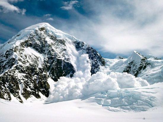Жителей и гостей Кабардино-Балкарии предупредили о лавиноопасности