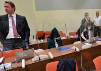 В Мюнхене завершилось дело, продолжавшееся почти два года. Немецкий врач Марк Шмидт заключен в тюрьму на четыре года и восемь месяцев за создание международной допинг-схемы, в которой участвовали спортсмены из восьми стран. «МК-Спорт» расскажет, чем «прославился» Шмидт, и как все закончилось.
