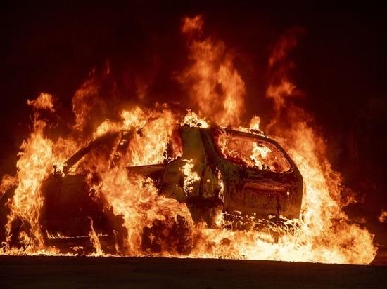 Житель Малоярославца после ссоры с женщиной спалил чужую машину