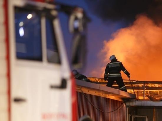 При пожаре на севере Волгограда пострадал ребенок