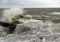 Появилось видео «закипевшего» Черного моря возле Одессы