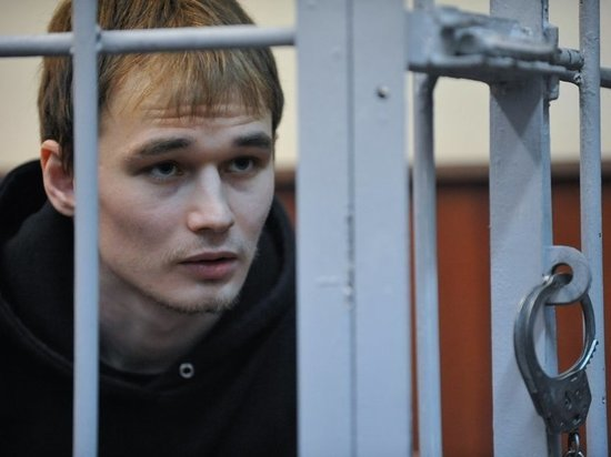 В суде по делу Азата Мифтахова произошла первая стычка