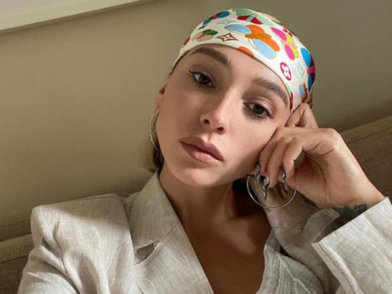 Популярная российская блогерша и телеведущая Настя Ивлеева опубликовала на своей странице в Instagram архивные фото, продемонстрировав, как выглядела до похудения