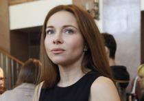 Российская актриса театра и кино Екатерина Гусева удивила пользователей Сети неожиданным амплуа на шоу «Танцы со звездами» на телеканале «Россия 1»