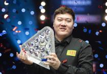 Китайский игрок обыграл в финале престижного турнира Джона Хиггинса