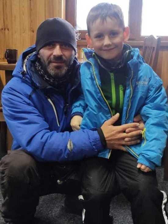 Инструктор спас ребенка из-под лавины в Карачаево-Черкесии
