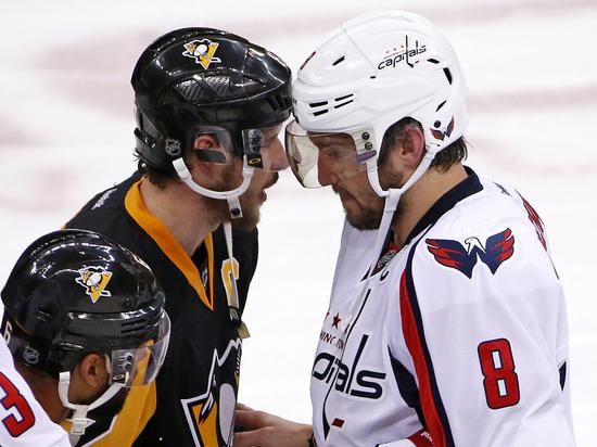 Странный новый сезон НХЛ столкнет хоккеистов аж восемь раз