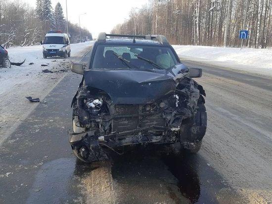 Один человек пострадал при столкновении Toyota и Nissan в Чебоксарах
