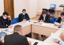 Партия «Единая Россия» запустила обучающий этап стартовавшего в ноябре кадрового проекта «Федеральный ПолитСтартап», задача которого – поиск в регионах новых лиц для участия в выборах Госдуму