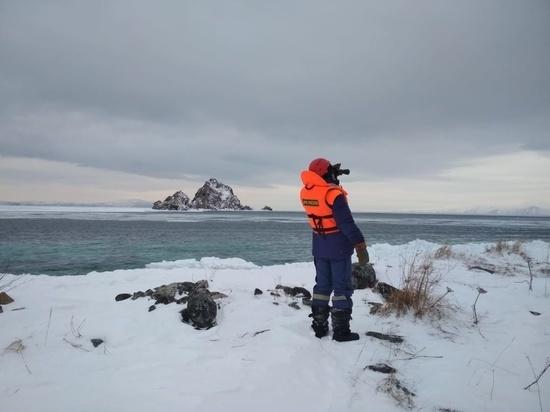 Поиски пропавшего на Колыме рыбака осложняет погода