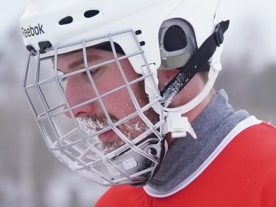«Енисей» обыграл «Уральский трубник» в чемпионате России по хоккею с мячом