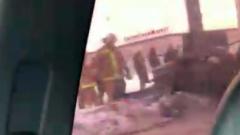 В Санкт-Петербурге иномарку намотало на столб: страшные кадры