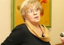Народная артистка Алиса Фрейндлих, в конце декабря попавшая в больницу с коронавирусом, пока не может отправиться домой