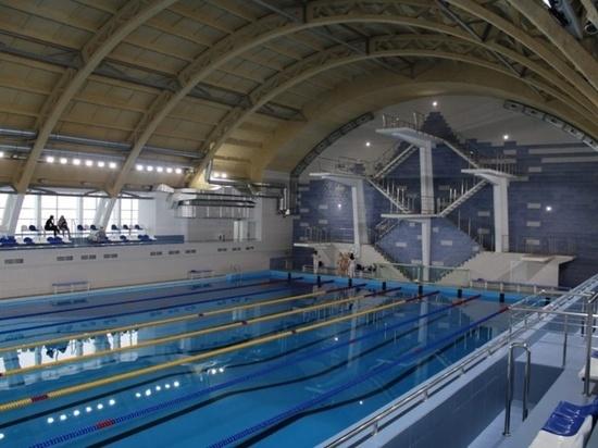 В центре Волгограда в тестовом режиме открыли 50-метровый бассейн