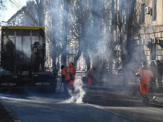 Определены подрядчики для ремонта 27 дорог в Волгограде
