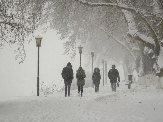На Ямал вернулись экстремальные морозы, профильные службы принимают меры, чтобы избежать аварий, поломок и пожаров