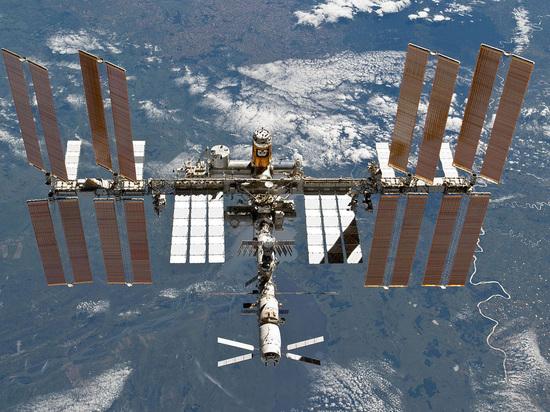 Космонавт прокомментировал ситуацию с одалживанием еды на МКС