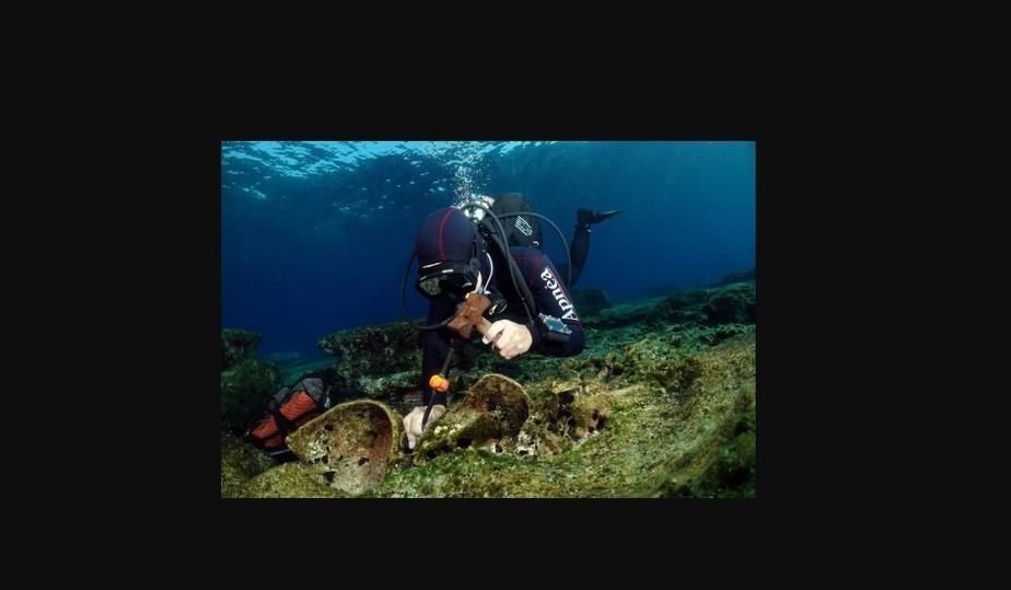 Обломки римского корабля с древними сокровищами обнаружены у греческого острова Кассос