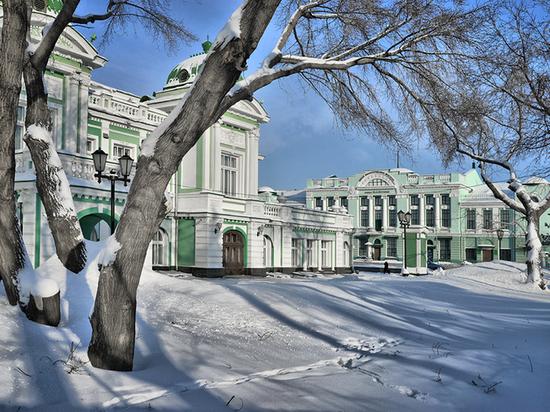 Бурков: В Омской области должно проходить больше федеральных мероприятий