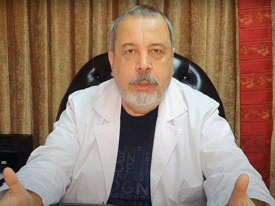 Люди умирают от ожирения чаще, чем от коронавируса, заявил на своем YouTube врач-диетолог Алексей Ковальков
