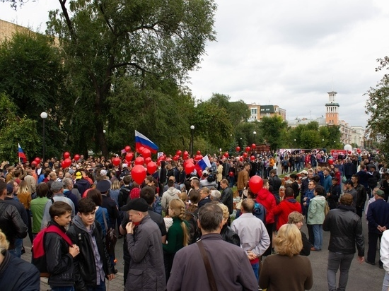 «Не выпускать детей из дома»: как красноярским родителям грозят перед митингом