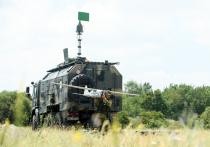 Во время визита министра обороны Сергей Шойгу в Мьянму подписано соглашение о поставке в эту страну зенитных ракетно-пушечных комплексов «Панцирь-С1», беспилотных летательных аппаратов «Орлан-10Е», а также радиолокационных станций