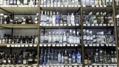 В Хакасии пенсионерка десять дней ходила  в супермаркет, чтобы украсть бутылку водки