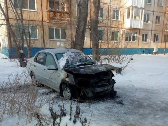 В Омске все чаще горят автомобили