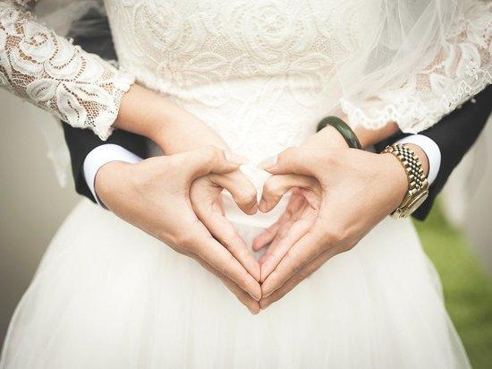 В Забайкалье 40 пар зарегистрировали свой брак в красивую дату