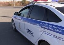 ДТП заблокировало движение на крупном перекрестке в Омске