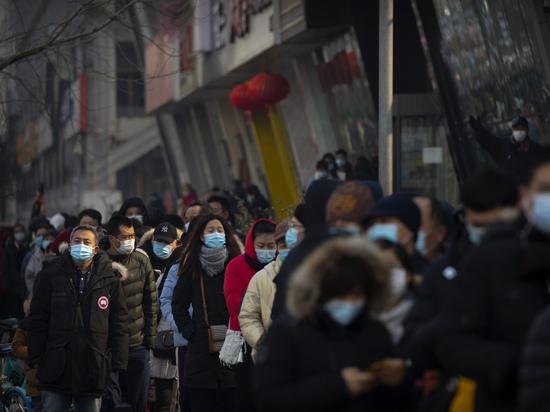 В Китае впервые после 17 мая прошлого года зарегистрирована смерть от COVID-19