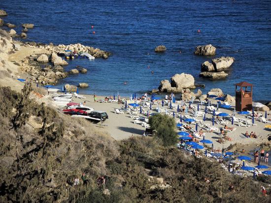 Кипр начнет пускать туристов с 1 марта