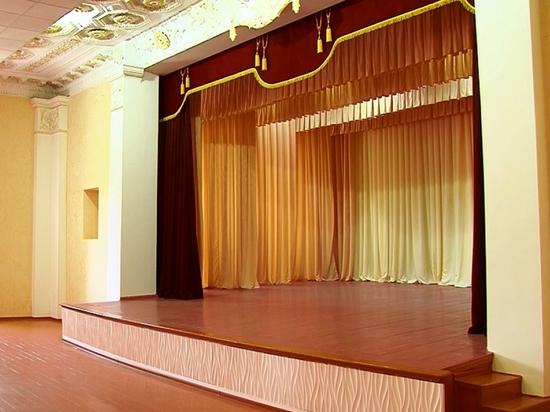 В Межгорье театральный сезон начали постановкой детской сказки
