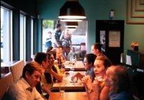 Московские власти обратились к федеральному правительству с предложением снизить или отменить НДС для российского ресторанного бизнеса