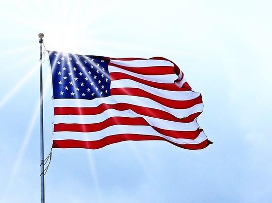 США обвинили экс-сотрудника посольства в Москве в заговоре