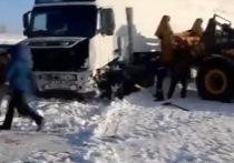 В Куйтунском районе большегруз слетел в кювет
