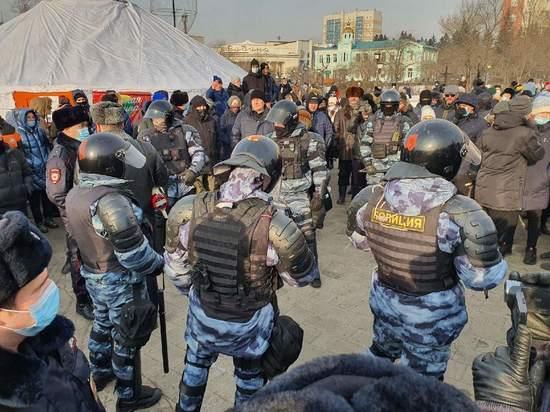 ОМОН появился на площади Ленина в Чите