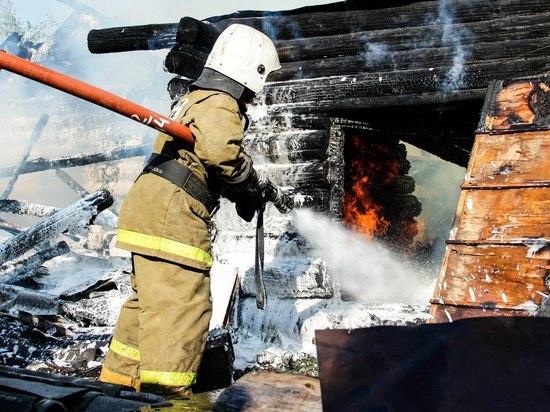 В Йошкар-Оле при пожаре на одной из строек пострадал человек