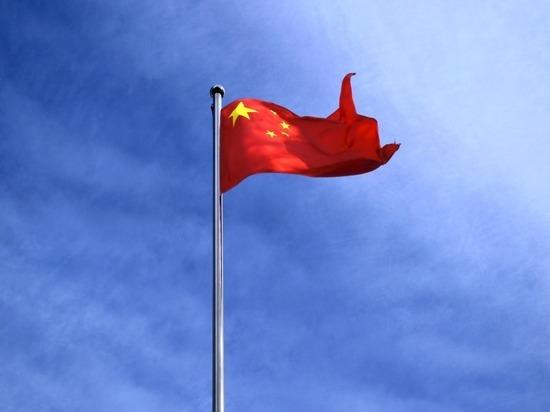 Военные Тайваня объявили тревогу из-за крупного вторжения ВВС Китая
