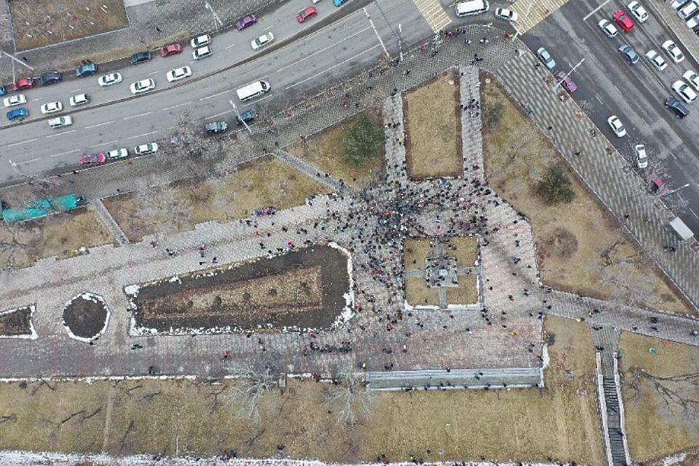 Кадры митинга в поддержку Алексея Навального с высоты птичьего полета