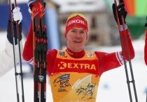 По решению Международной федерации лыжного спорта (FIS) первая сборная России лишена бронзы за неспортивное поведение Большунова