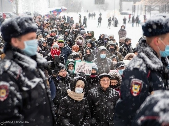 Опубликовано видео задержаний на несанкционированном митинге в Петрозаводске