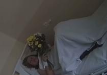 Сотрудник полиции, ударивший женщину ногой в живот во время несанкционированной акции в Санкт-Петербурге, принес ей свои извинения