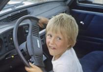 В Хакасии за рулём автомобиля был пойман 11-летний мальчик