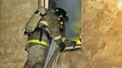 В воскресенье вечером в Смоленске горел жилой многоквартирный дом
