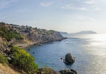 Почти три тысячи квадратных километров Черноморского побережья и ближайшей морской акватории было накануне закрыто российскими военными для судоходства и полетов гражданской авиации
